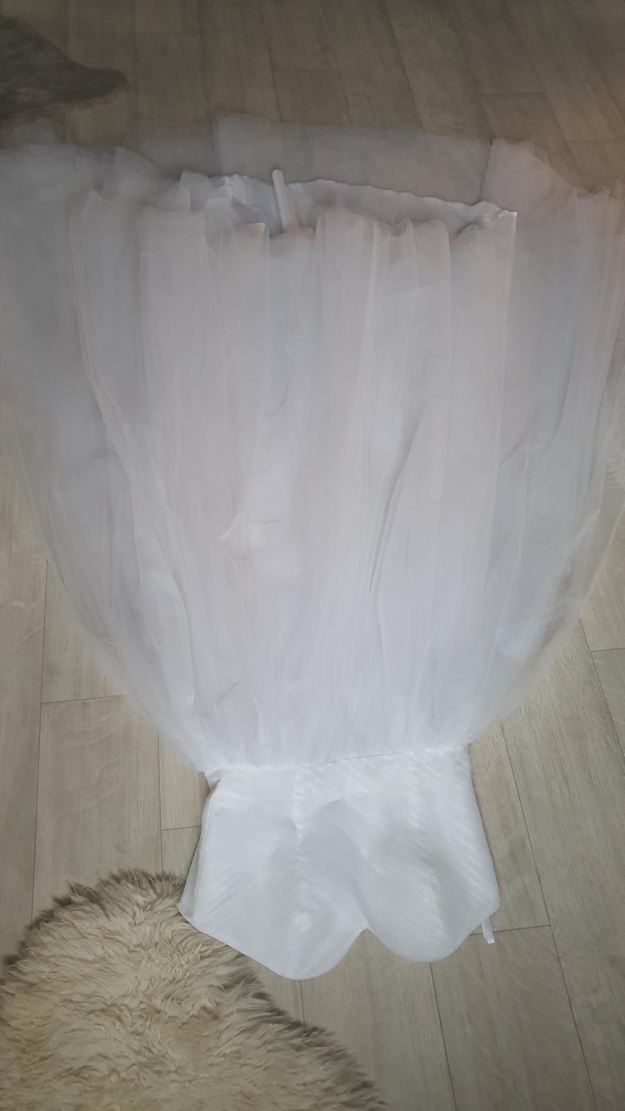 Tutu tylové svatební šaty korzezové dlouhé - Obrázek č. 1