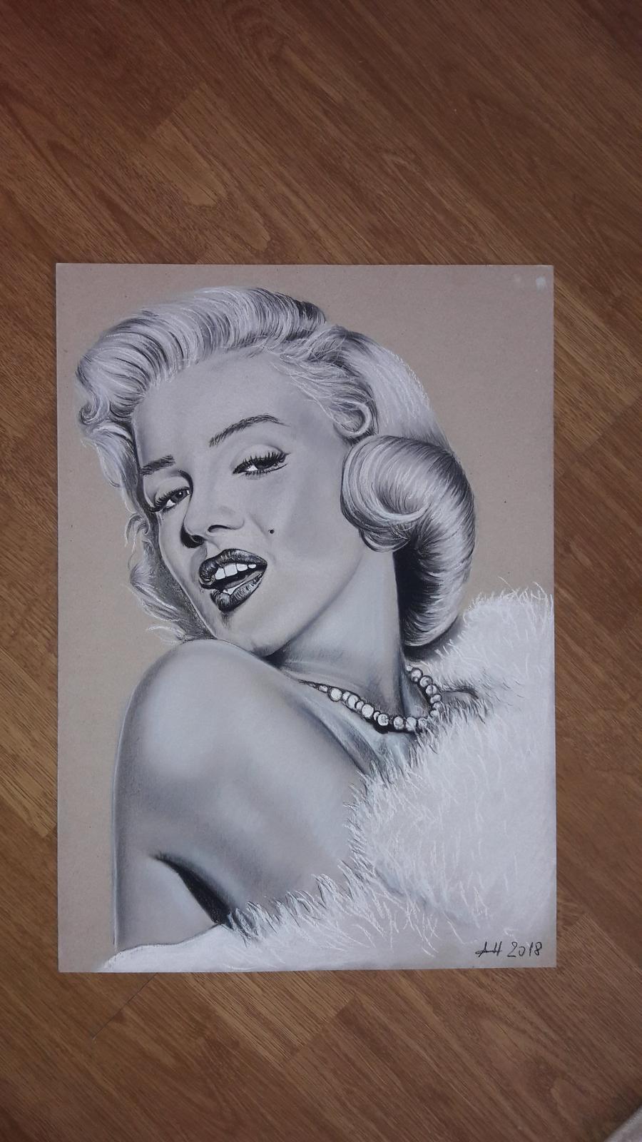 Kresba so suchým pastelom na kartóne:) - Obrázok č. 1