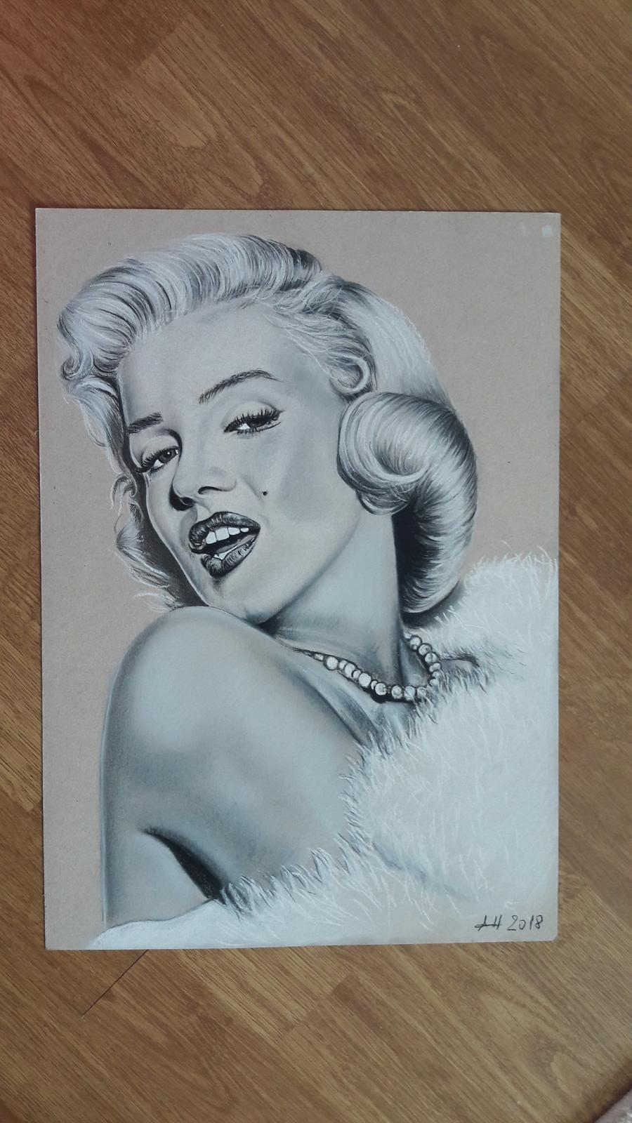 Kresba so suchým pastelom na kartóne:) - Obrázok č. 2