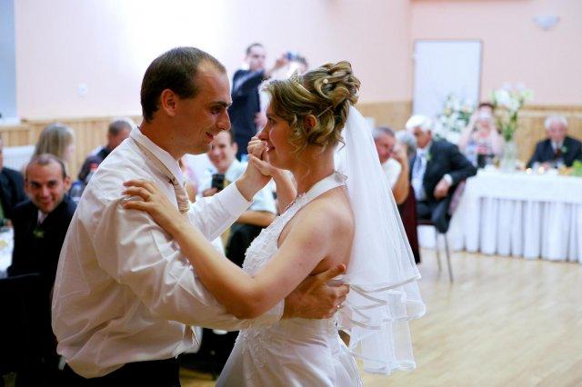 Lucia Baranová{{_AND_}}Jozef Gecler - prvy tanec