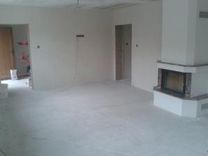 Prízemie - Obývačka Jul_15_2013 - príprava na ukladanie dlažby - povysávanie prachu