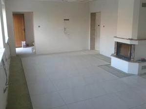Prízemie - Obývačka Jul_16_2013 - uloženie dlažby PARADYZ Masto Bianco pololesk- deň prvý