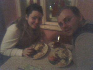 Velmi zla kvalita, ale toto su nase zasnuby v restavracii, neoficialne 23.2.2007