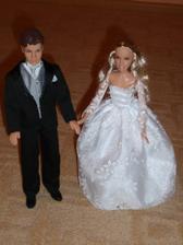 len tá Barbie keby bola tmavovlasá...