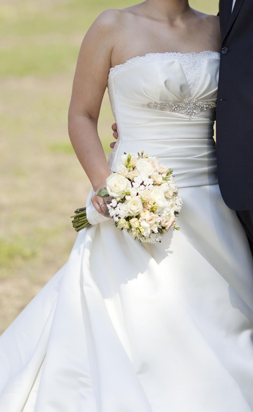 Svadobné šaty La Sposa - Obrázok č. 1