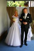 Tylové svatební šaty s ručně šitou krajkou, vel.40, 40