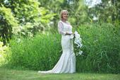 Svatební šaty se spodničkou, 40
