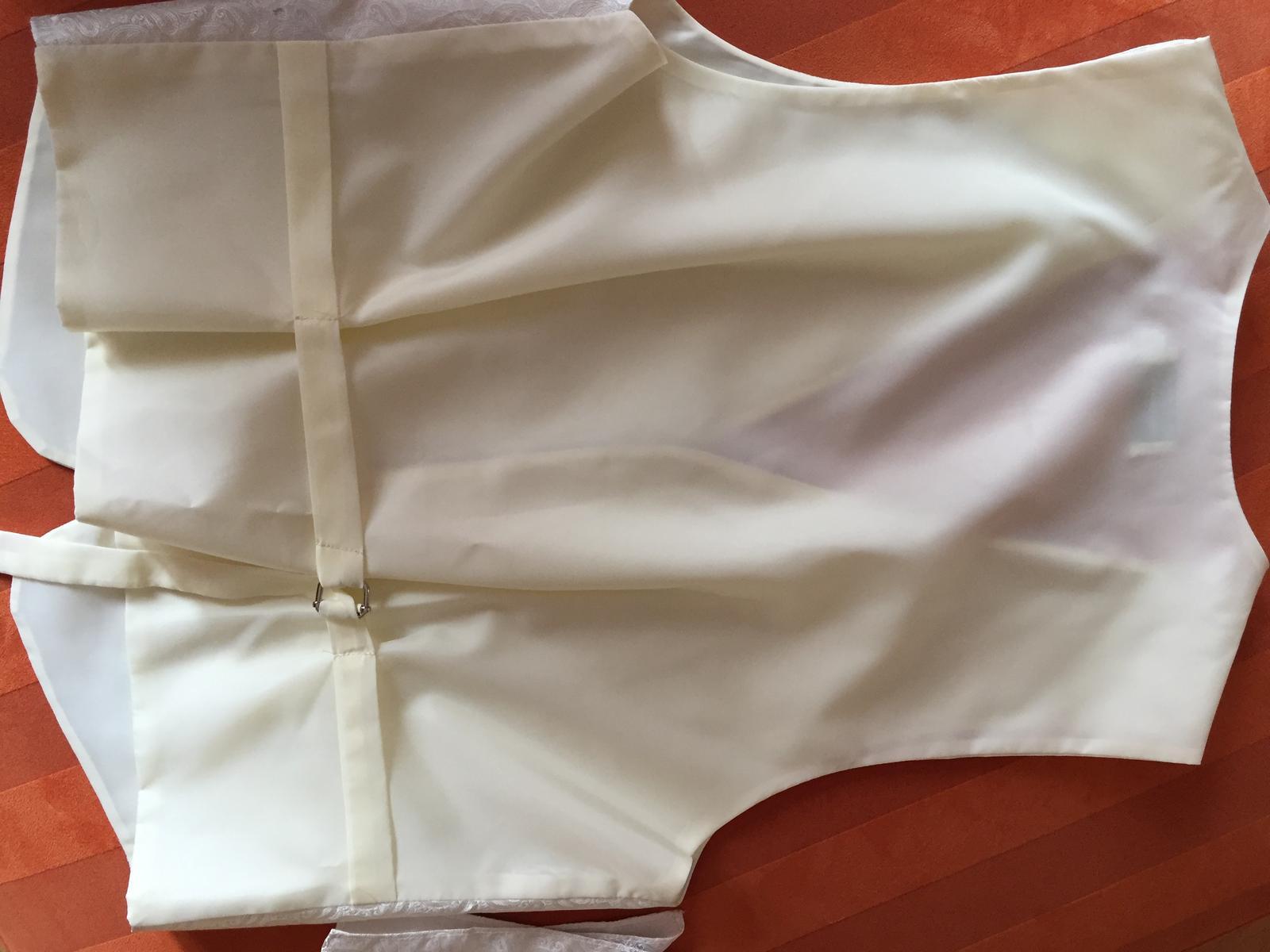 Vesta, kravata a vreckovka pre zenicha - Obrázok č. 3