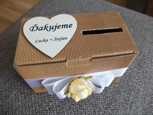 Krabička na peniaze na venčekový tanec