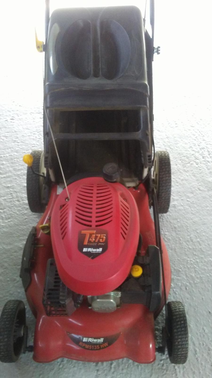 motorová kosačka - Obrázok č. 1