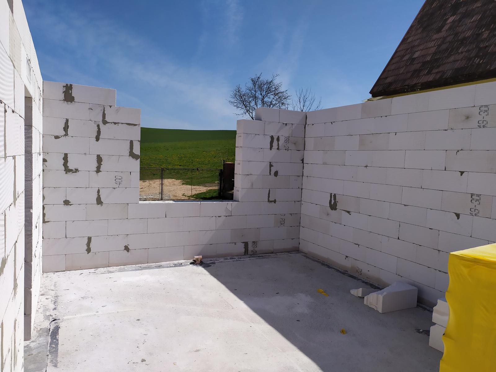 Stavba domu - Svojpomocne 🏠 - Tak tu bude tá slávna mega kuchyňa