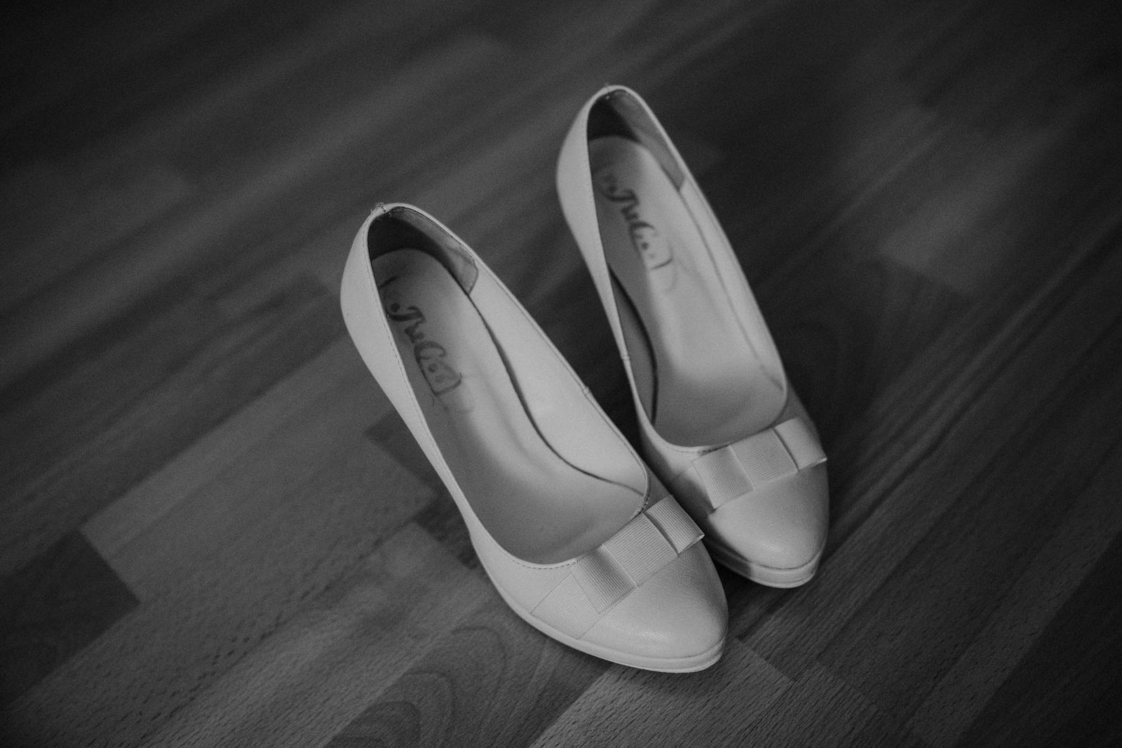 Svadobné lodičky biele  - Obrázok č. 1