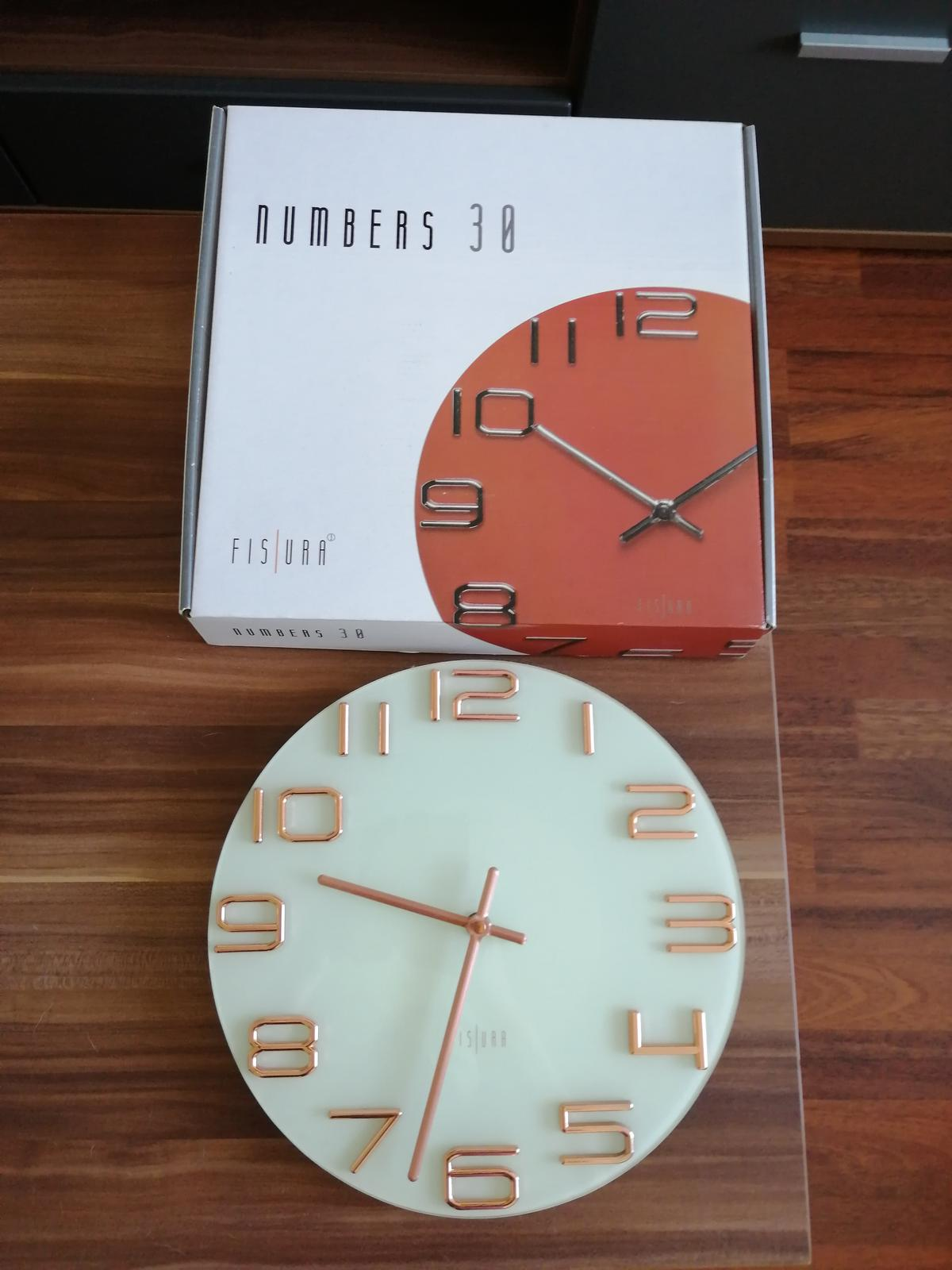 Designové hodiny - Obrázok č. 1