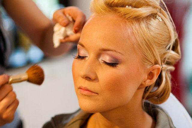 Príprava - takýto make-up by som chcela, jemný a krásny