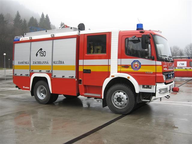Príprava - za zvuku siren si na tomto aute po mna ten moj hasic pride :D
