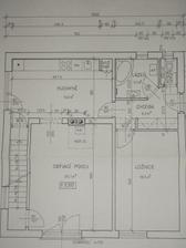 Přízemí...jen schodiště do podkroví je otevřené,kuchyňská linka není takhle situovaná a místo vany je sprcháč. Podkroví vkládat zatím nebudu, to se plánům nepodobá už vůbec:-)