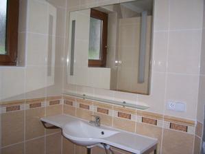 Koupelna se pomalu dotváří:-)