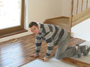 Pokládáme podlahu v obýváku
