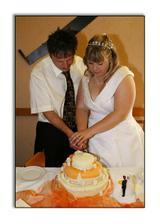 Krájíme dortík..