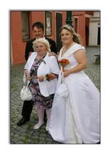 Nevěsta, ženich a nevěsty maminka