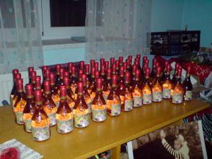 Svatební vína ke svatebnímu stolu