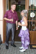 Nevěsta již přestrojena