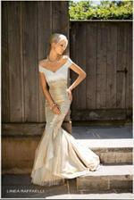 Krásný výstřih... inspirace pro paní Soňu, která bude šít šaty