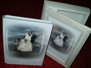 Naša fotokniha v drevenej krabici vyrobenej pre nás:)