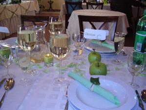 Výzdoba stolov + menovky