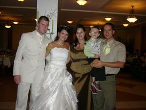 sestra s rodinou