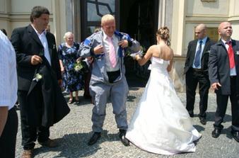 po svatbě rovnou do pracovního...překvapení