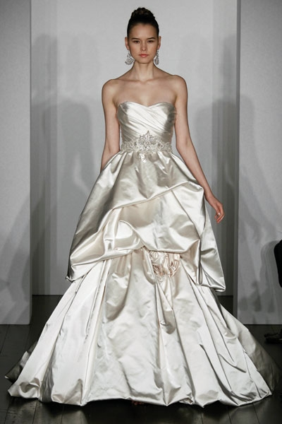 Svadobné šaty - svet 2 - Kenneth Pool Royalty