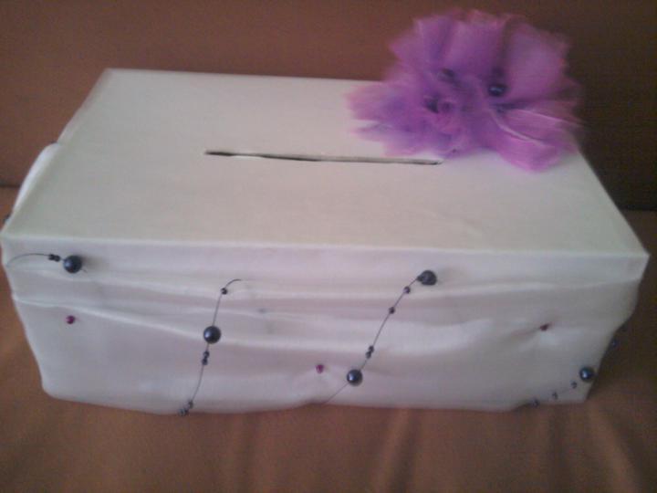 Už naše na svadbičku :) - dnes som si vyrobila krabičku na vykrúcanku :)