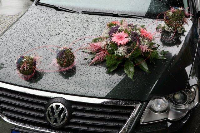 Vyzdoby svadobných  áut - zaujimava a pekna ozdoba