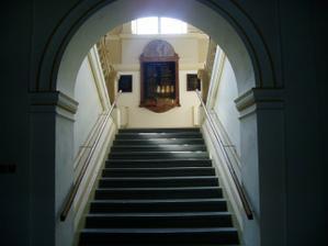 Schodiště ve vchodu