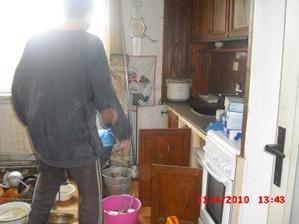 kuchyň před...
