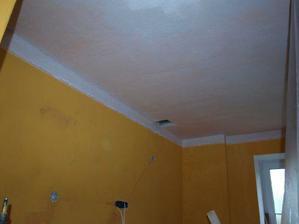 bílila jsem strop.Oranžová byla moc tmavá