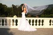 Svadobné šaty s 3m zavojom a spodnickou s obručou, 38