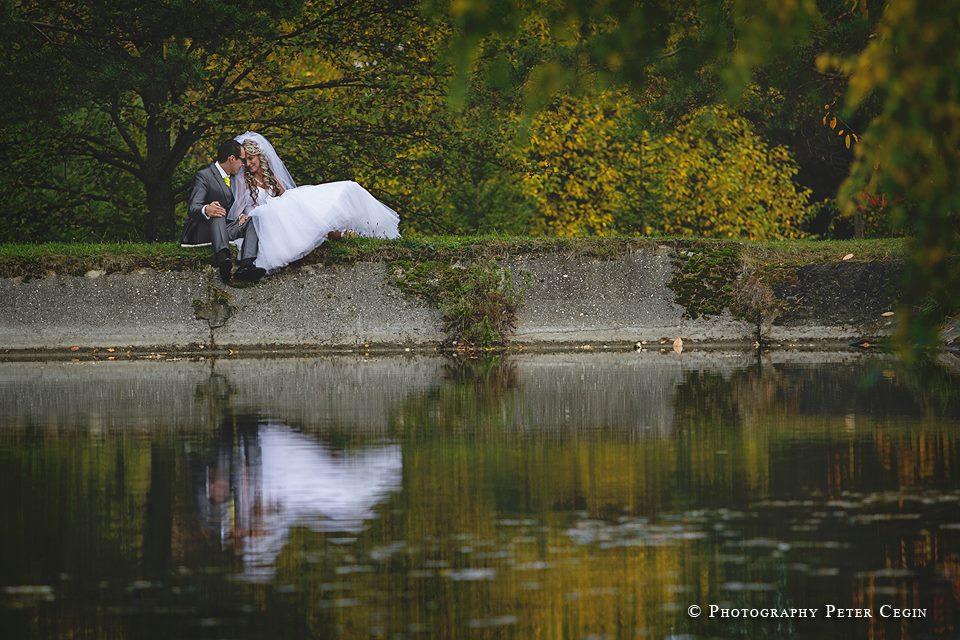 Bride{{_AND_}}Groom - Zatial prvá od fotografa