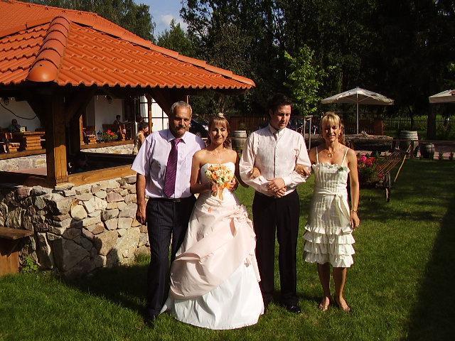 Kristýna Divišová{{_AND_}}Vlastík Veselý - s taťkou a mamkou