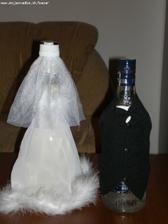 oblečko na svadobne fľaše, už ho mám :)