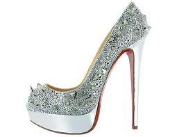 Beautiful designer wedding shoes - kazda baba by mala mat jeden par krasnych Louboutin topanok :)