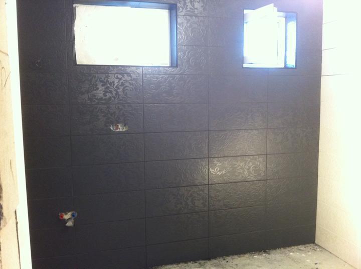 Príbeh našej kúpelne :/ - po celodennom drhnutí konecne vyčistené