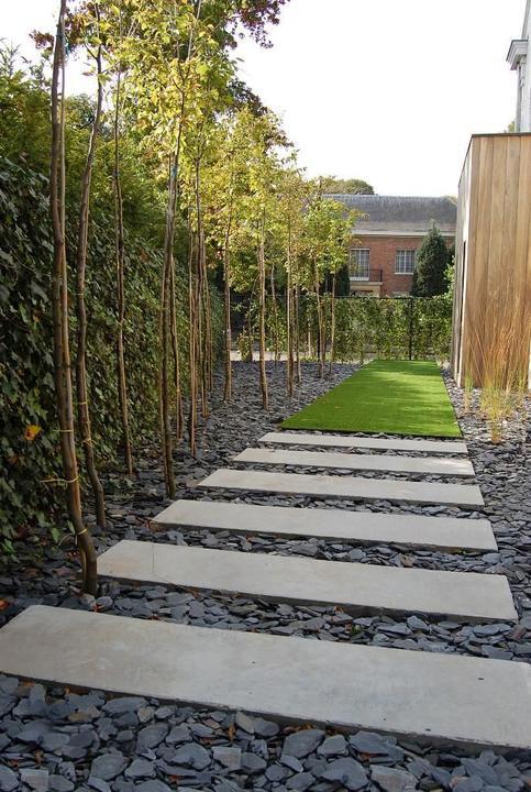 Chodníky v záhrade, okolo domu - Obrázok č. 5