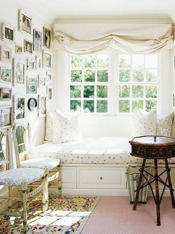 Sedenie pri okne :-) - Obrázok č. 33
