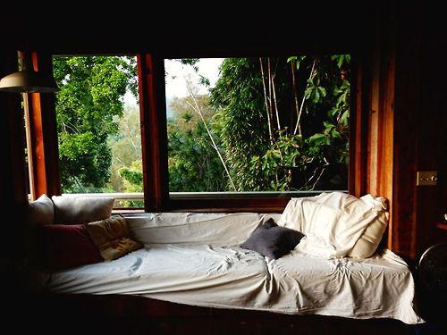 Sedenie pri okne :-) - Obrázok č. 48
