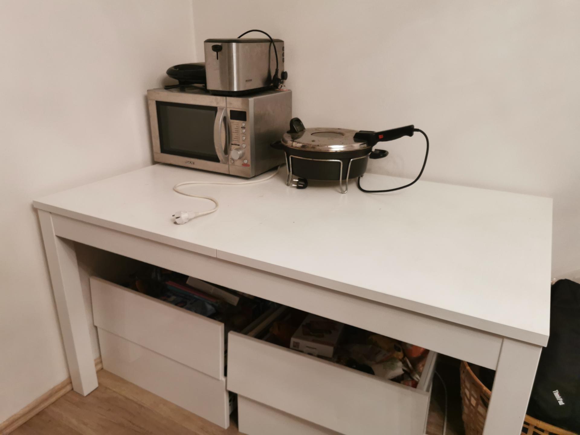 Kuchyně - rekonstrukce - Naše provizorní kuchyň na další 2 měsíce 😬