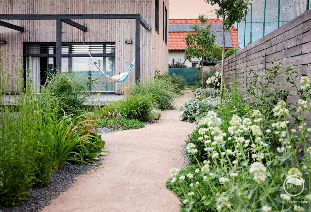 Zahrada bez klasického trávníku - Obrázek č. 20