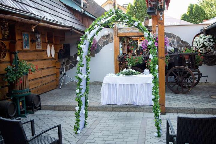 Ľudový motív :-) - miesto svadby