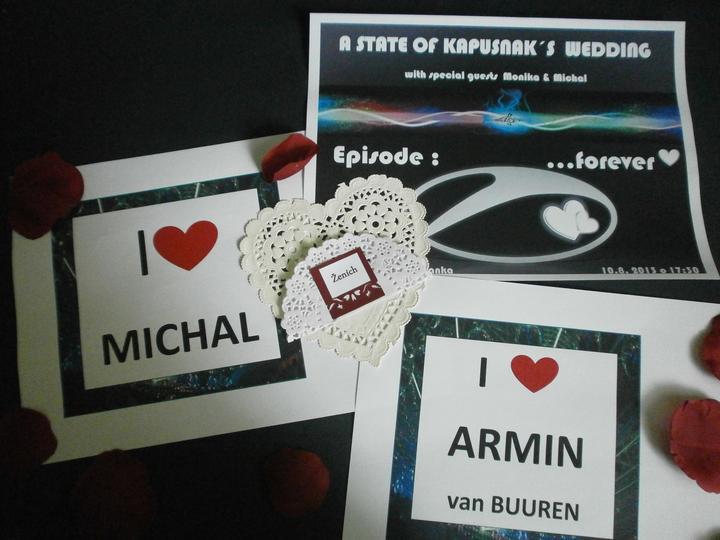 Ľudový motív :-) - Recesia na fotenie:-)  ....moj buduci manzel zboznuje DJ Armina van Buurena...tak pre neho na fan stranku:-)